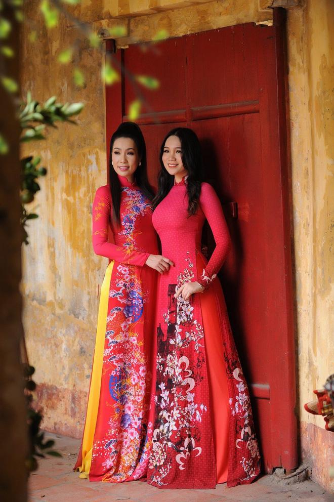 Nhan sắc khả ái của con gái Á hậu Trịnh Kim Chi: Lột xác từ cô bé mũm mĩm da ngăm thành thiếu nữ 17 tuổi cao 1m72 - Ảnh 16.