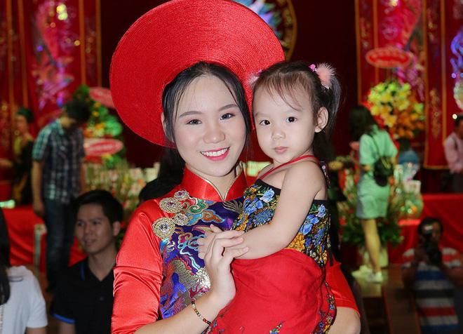 Nhan sắc khả ái của con gái Á hậu Trịnh Kim Chi: Lột xác từ cô bé mũm mĩm da ngăm thành thiếu nữ 17 tuổi cao 1m72 - Ảnh 21.