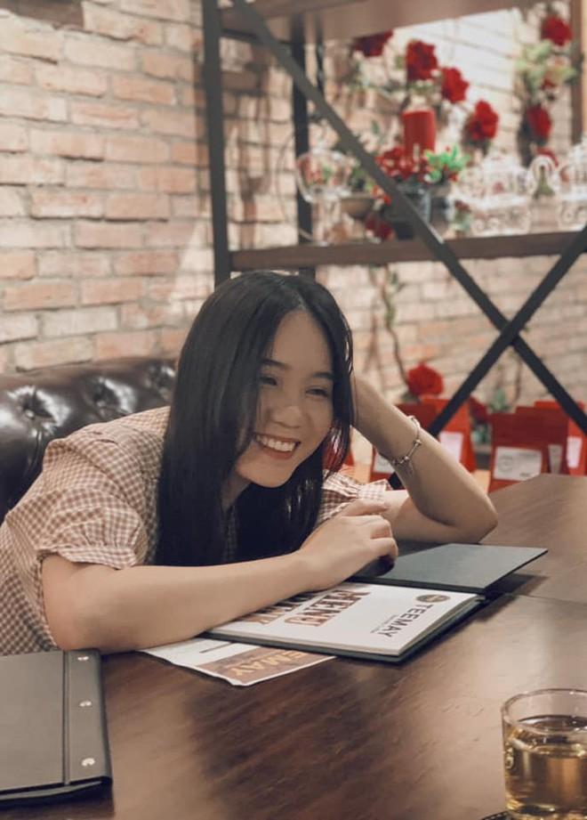 Nhan sắc khả ái của con gái Á hậu Trịnh Kim Chi: Lột xác từ cô bé mũm mĩm da ngăm thành thiếu nữ 17 tuổi cao 1m72 - Ảnh 28.