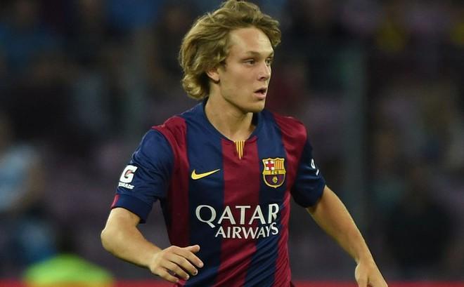 Sau Đoàn Văn Hậu, Heerenveen tiếp tục tạo ra cơn sốt khi chiêu mộ cựu thần đồng Barcelona