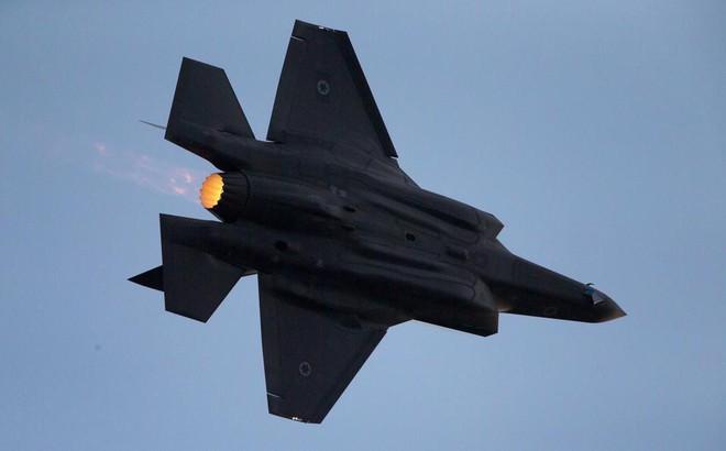 """S-300 Iran """"trố mắt nhìn"""" F-35 Israel đột nhập không phận: Tướng KQ lập tức bị sa thải"""