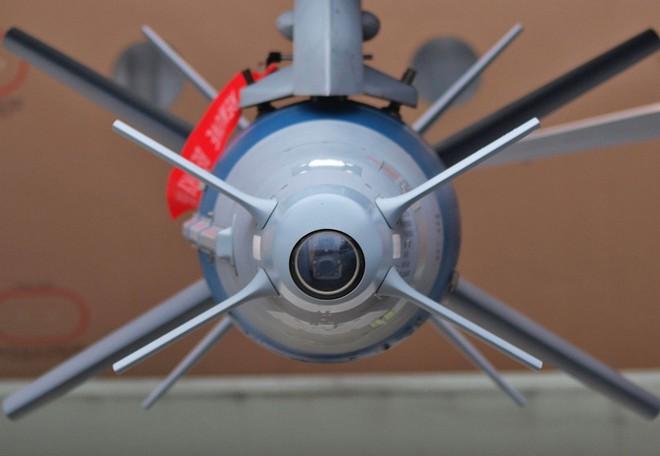 Ấn Độ chuẩn bị nhận siêu bom từ Israel, Pakistan và Trung Quốc liệu có lo sợ? - Ảnh 10.