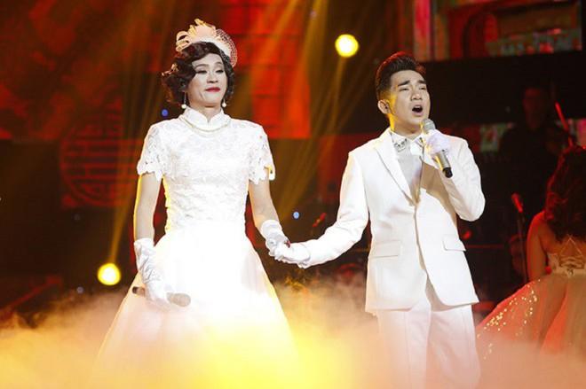 Chân dung 2 nghệ sĩ nổi tiếng chỉ cần hú là Hoài Linh có mặt, không cần mời - Ảnh 4.