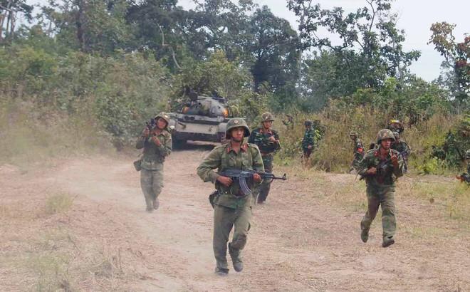 Trường Sĩ quan Lục quân 2: Tiện lợi từ can đựng cát hành quân dã ngoại