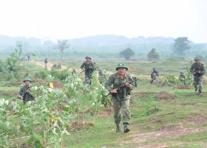 Chiến trường K: Trận đụng độ bất ngờ với đặc công Khmer Đỏ - Thần chết đã nhe nanh vuốt - ảnh 4