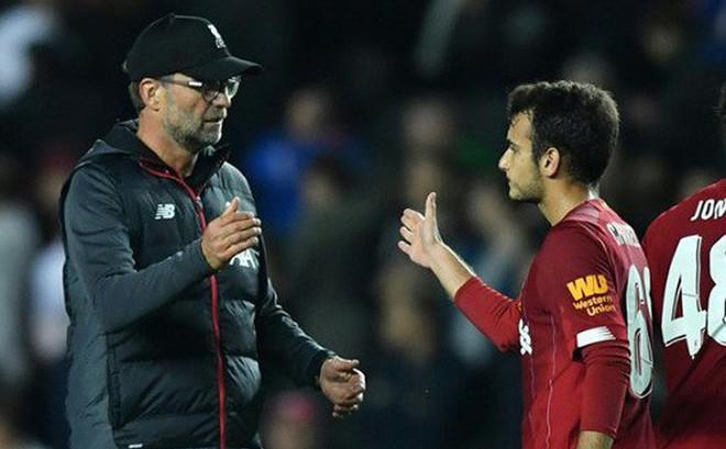 """Dùng cầu thủ """"bất hợp pháp"""", Liverpool bị cấm thi đấu Cúp Liên đoàn"""