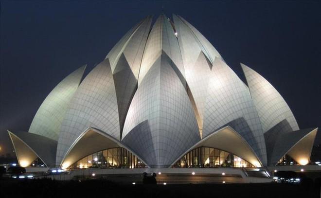 Ngắm những kiến trúc độc đáo, thậm chí là kì dị tại một số nước - Ảnh 17.