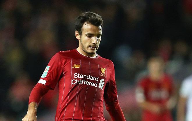 Dùng cầu thủ bất hợp pháp, Liverpool bị cấm thi đấu Cúp Liên đoàn - Ảnh 4.