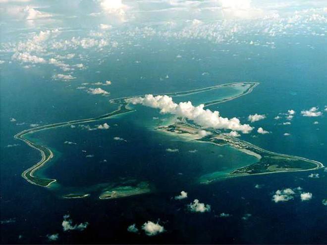 Khám phá căn cứ hải quân bí mật của Mỹ giữa Ấn Độ Dương - Ảnh 2.
