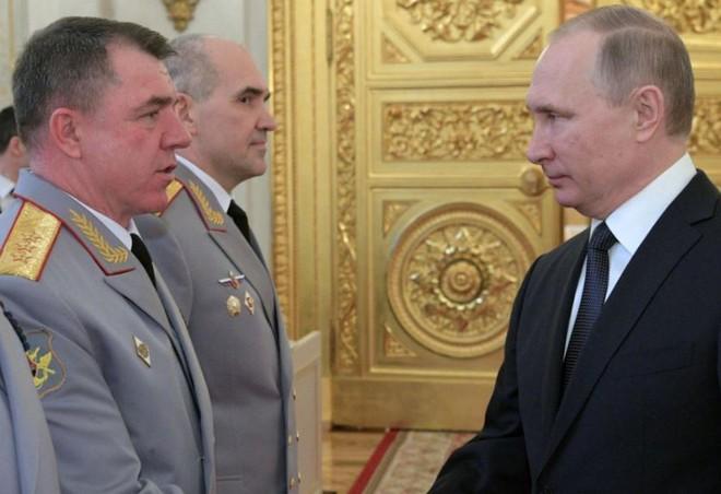 Tướng Nga khiến khủng bố Syria kinh hồn bạt vía, thăng tiến như một ngôi sao sáng - Ảnh 3.