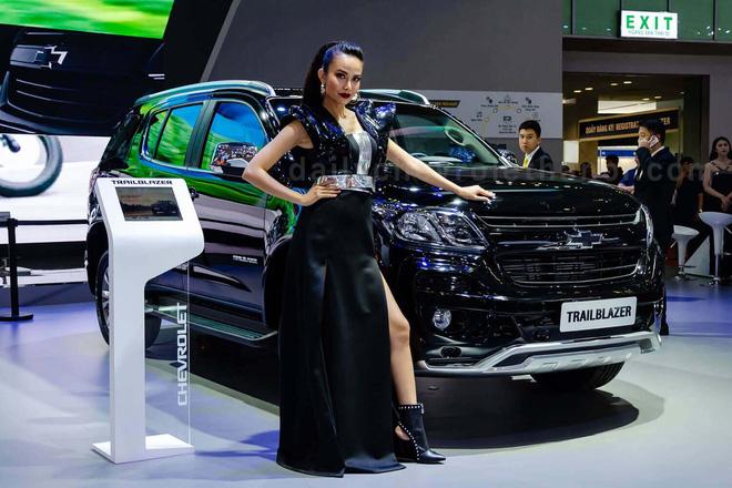 Những mẫu ô tô giảm giá mạnh trong tháng 9 này - Ảnh 7.