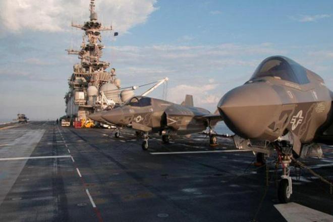 F-22 và F-35 của Mỹ thiếu điều này để trở nên vô địch: Máy bay tiếp dầu tàng hình? - Ảnh 2.