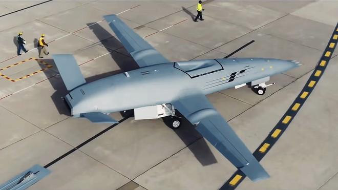 F-22 và F-35 của Mỹ thiếu điều này để trở nên vô địch: Máy bay tiếp dầu tàng hình? - Ảnh 12.