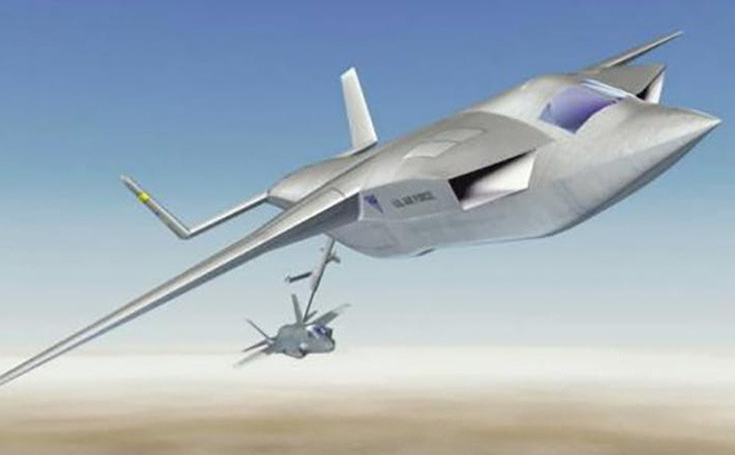 """F-22 và F-35 của Mỹ thiếu điều này để trở nên """"vô địch"""": Máy bay tiếp dầu tàng hình?"""