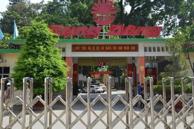 Dân kéo ra Công ty Rạng Đông đòi đối thoại sau thông tin 15,1 - 27,2kg thủy ngân đã phát tán ra môi trường - Ảnh 10.