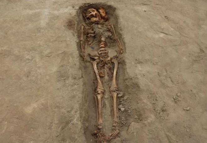 Kỳ bí mộ cổ gần 300 người chết vì thần mặt trăng - Ảnh 2.