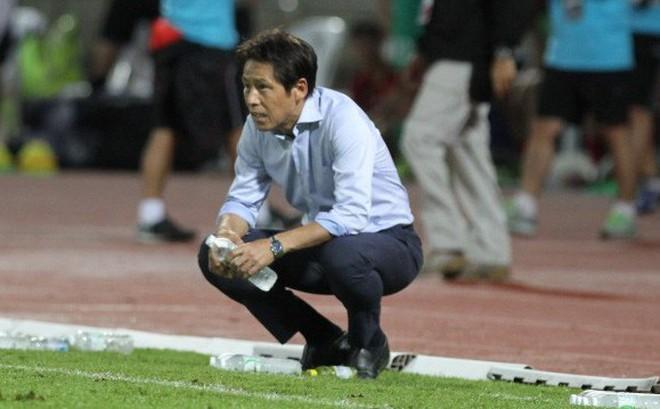 Nhận chỉ trích, HLV Nishino được báo Thái bênh vực: Hãy cho ông ấy thời gian