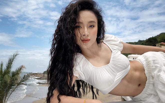 Angela Phương Trinh bất ngờ khoe thân hình cực nóng bỏng sau thời gian ở ẩn