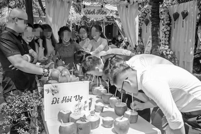 Cưới vợ Bến Tre, chú rể và đoàn bê tráp phải uống hết 100 quả dừa mới được bước vào nhà gái - ảnh 4