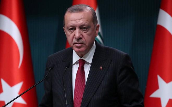 """Tổng thống Thổ Nhĩ Kỳ dọa """"mở cửa"""" cho người tị nạn Syria tràn vào châu Âu"""