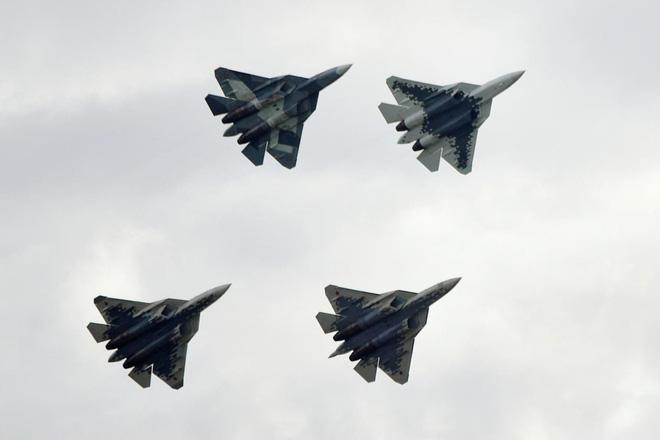 Chiến trường Syria: Ông Putin bất ngờ tung vũ khí cực mạnh, khiến đối thủ kiêng nể - Ảnh 2.