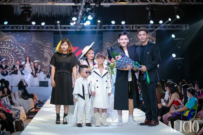 Mẫu nhí Việt khuấy đảo sàn diễn Bangkok International Kids Fashion Show 2019 - Ảnh 1.