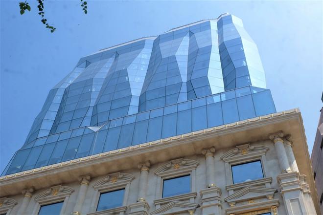 Ngắm tòa nhà hình viên kim cương khổng lồ siêu độc ở Hà Nội - Ảnh 8.