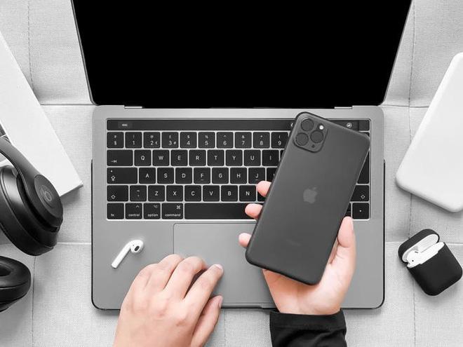 Hãng sản xuất ốp lưng tuyên bố đã có trong tay siêu phẩm iPhone 11, đây là loạt ảnh chứng minh - Ảnh 1.
