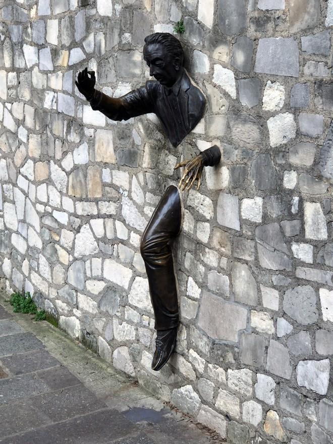 Những tác phẩm điêu khắc tuyệt đẹp và những câu chuyện đằng sau chúng - Ảnh 2.