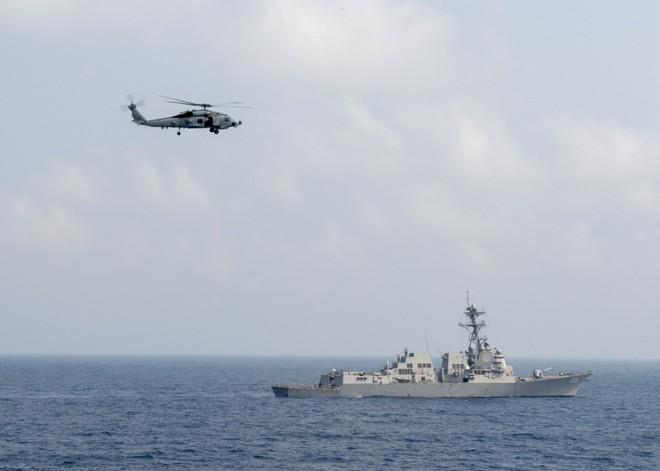 Khí tài các nước phô diễn uy lực trong cuộc tập trận đầu tiên giữa Mỹ và ASEAN - Ảnh 6.