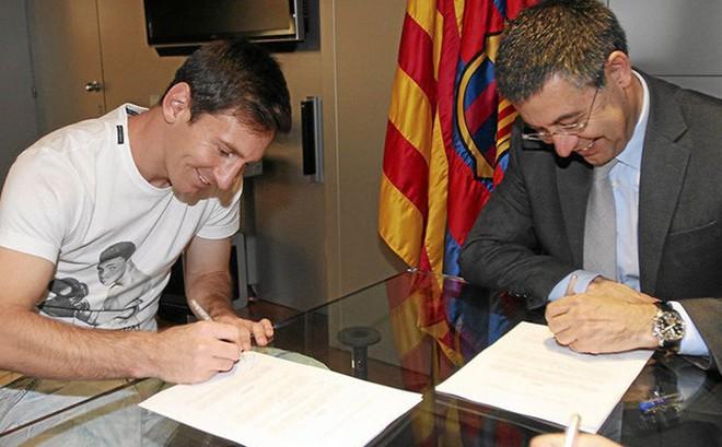 Ký điều khoản lạ, Messi có quyền đơn phương chia tay Barca