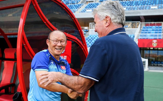 Đánh bại U22 Trung Quốc, HLV Park Hang-seo vẫn tỏ ra đầy khiêm tốn trước thầy cũ Hiddink