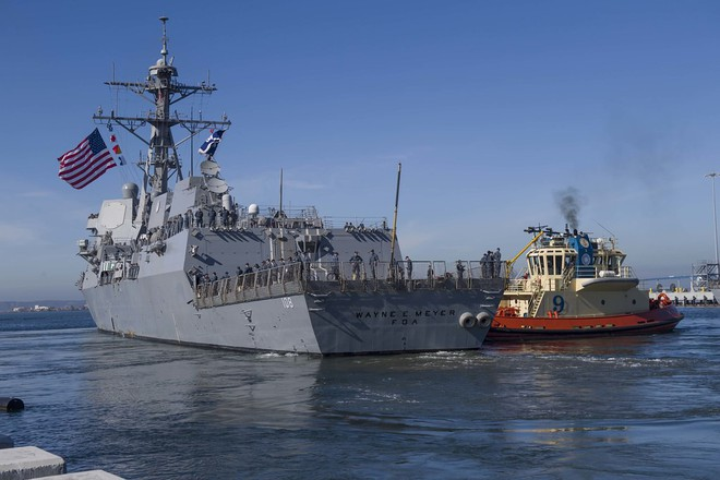 Chiến hạm Mỹ mang tên lửa Tomahawk diễn tập cùng ASEAN trên biển Đông - Ảnh 12.