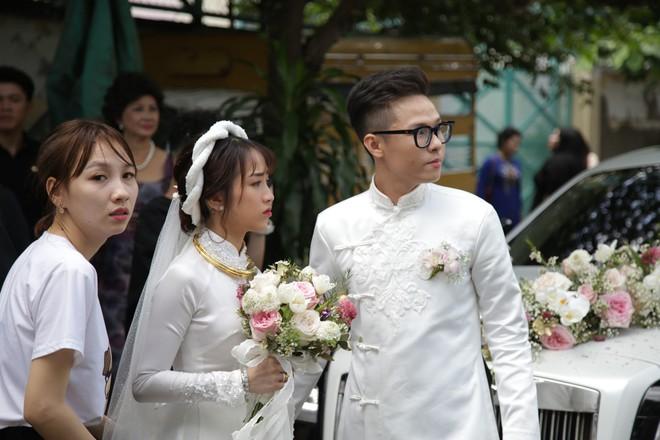 HOT: Toàn cảnh lễ đưa dâu toàn siêu xe hơn 100 tỷ của con gái đại gia Minh Nhựa, cả ngôi nhà tràn ngập hoa tươi - ảnh 16