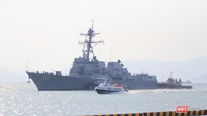 Chiến hạm Mỹ mang tên lửa Tomahawk diễn tập cùng ASEAN trên biển Đông - Ảnh 3.