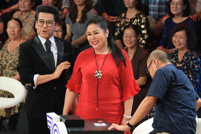 Lộ diện người lồng tiếng Bao Thanh Thiên, Thần điêu đại hiệp, đẹp lộng lẫy ở tuổi 62 - Ảnh 5.