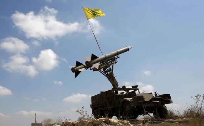"""UAV Israel """"rụng như sung"""", Hezbollah có vũ khí phòng không tối thượng nào trong tay?"""
