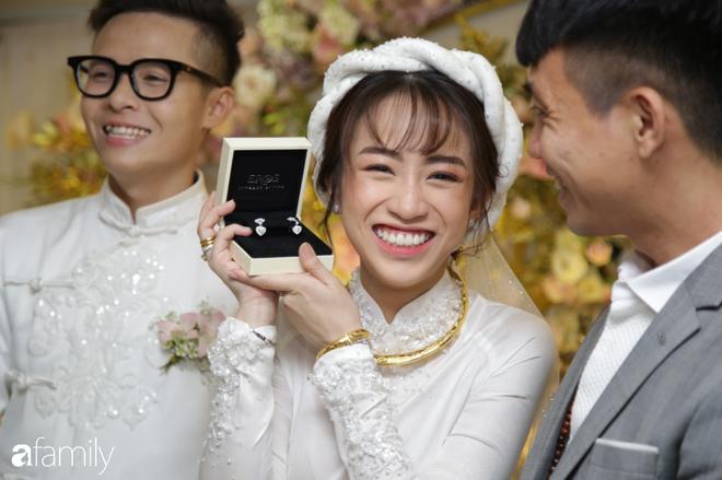 Tiết lộ kinh phí tổ chức tiệc cưới con gái Minh Nhựa đã lên tới 20 tỷ đồng, riêng tiền hoa trang trí đã là 700 triệu! - Ảnh 4.