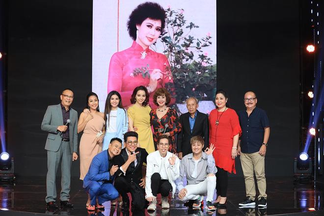 Ký ức vui vẻ: Vỡ òa khi Hoa hậu HTV lần đầu xuất hiện, tiết lộ tuổi thật U60 khiến ai cũng ngỡ ngàng - Ảnh 8.