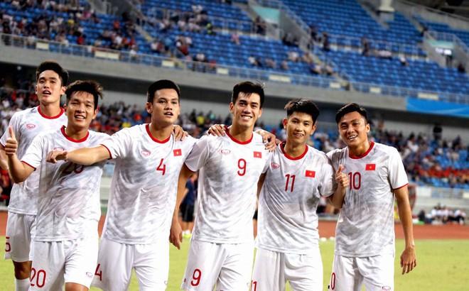 Báo Trung Quốc: 2 năm qua, bóng đá Trung Quốc nhạt nhòa dưới