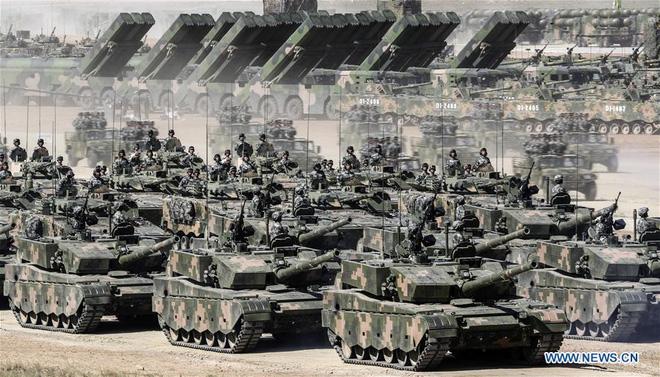 Nhìn lại những cuộc duyệt binh đáng nhớ nhất của Quân đội Trung Quốc - Ảnh 9.