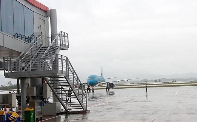 Xe công vào cửa máy bay đón 'người nhà': Bộ Công Thương sẽ có báo cáo