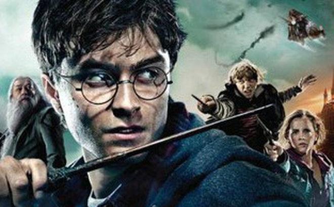 """Hé lộ bí mật """"động trời"""" về vết sẹo tia chớp trên trán Harry Potter"""