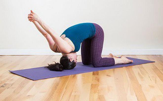 6 bài tập Yoga chữa đau đầu hiệu quả