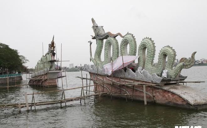 Ảnh: Đôi rồng thời Lý nặng 60 tấn ở Hồ Tây lần đầu được tu sửa đón Tết Nguyên đán