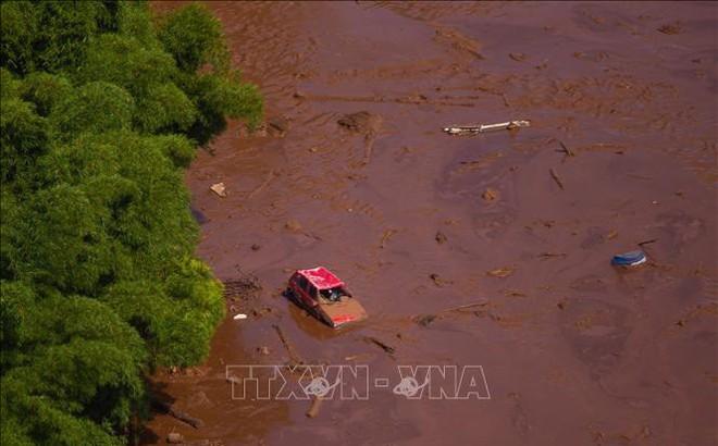 Vỡ đập hồ chứa chất thải tại Brazil, 200 người mất tích