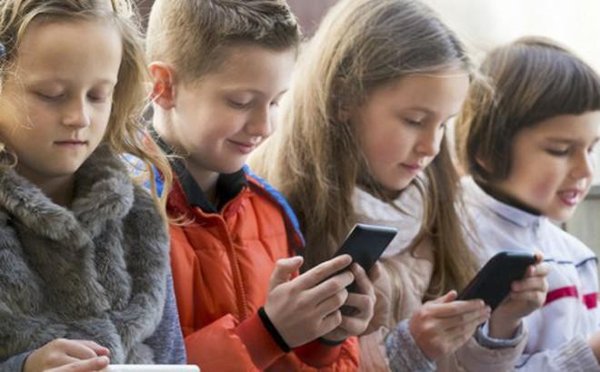 9 tác hại nghiêm trọng của smartphone đối với trẻ em mà cha mẹ ít ngờ tới