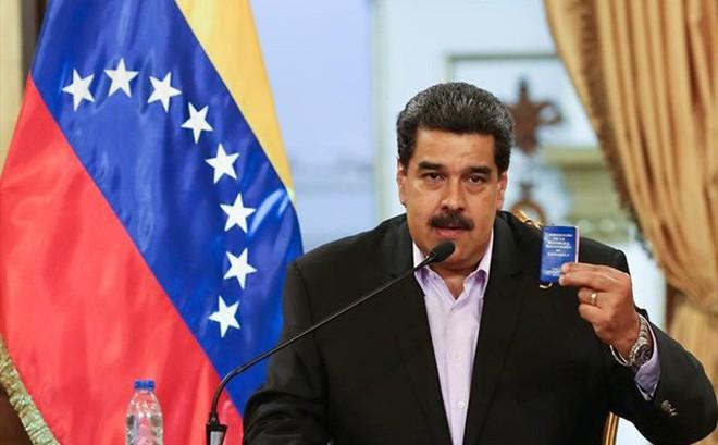 """Động thái """"xuống thang"""" mới nhất của Tổng thống Venezuela Maduro"""