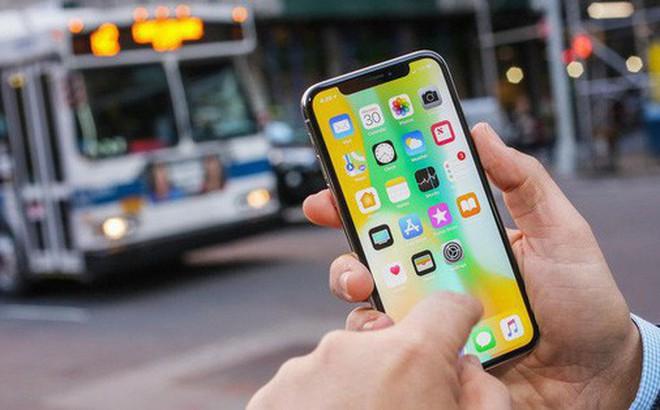 Lỗi iPhone kỳ lạ này đang xảy ra bất chấp cả quy luật vật lý, cười không nhặt được mồm