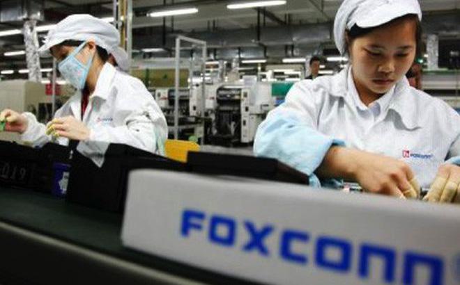 Tại sao Foxconn có thể sản xuất iPhone tại Việt Nam?